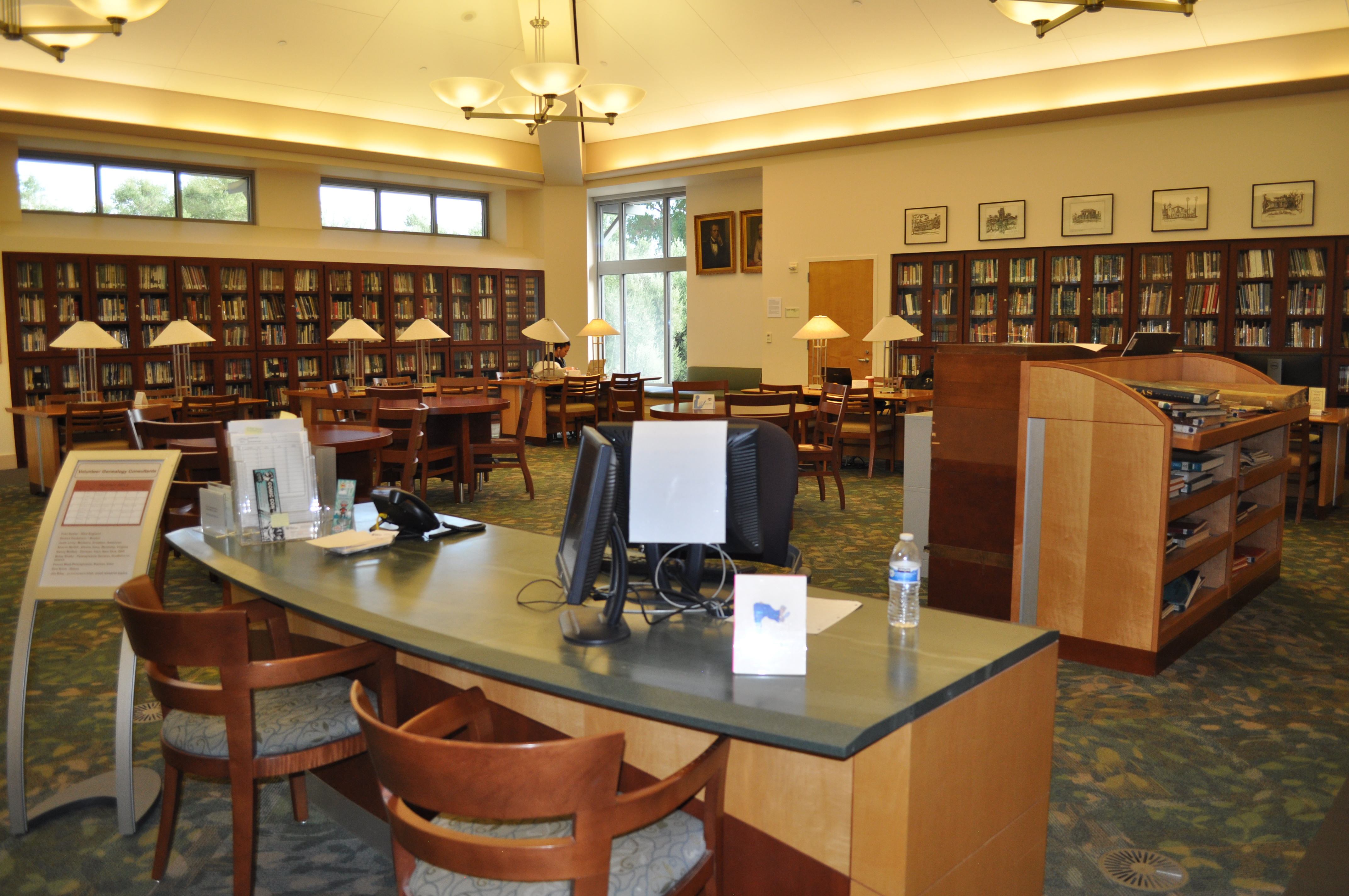 Free one-on-one genealogy assistance work area